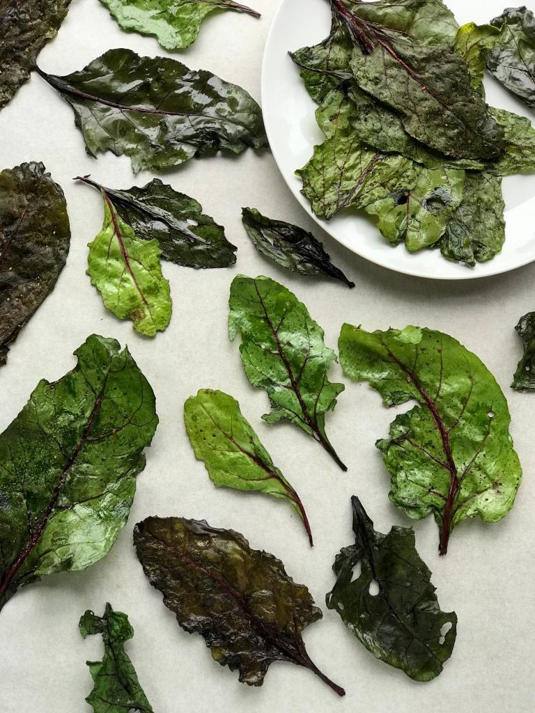 Baked beetroot leaf crisps